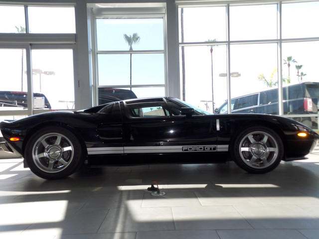 2005 Ford GT / 2.000 mls  - € 269.000 - US $ 289.000 -